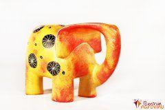 Moderní slon – velký oranžový