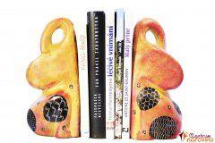 Zarážka na knihy oranžovo žlutá s černobílými prvky