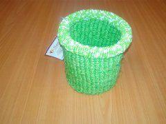 Košíček z rafie zelený