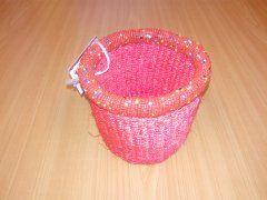 Košíček z rafie růžový