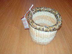 Košíček z rafie natural